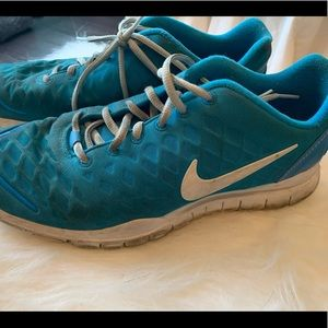 Touquoise Nike sneakers